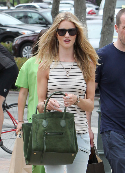 rosie-huntington-whiteley-and-celine-boston-bag-gallerywww.coolspotters.com