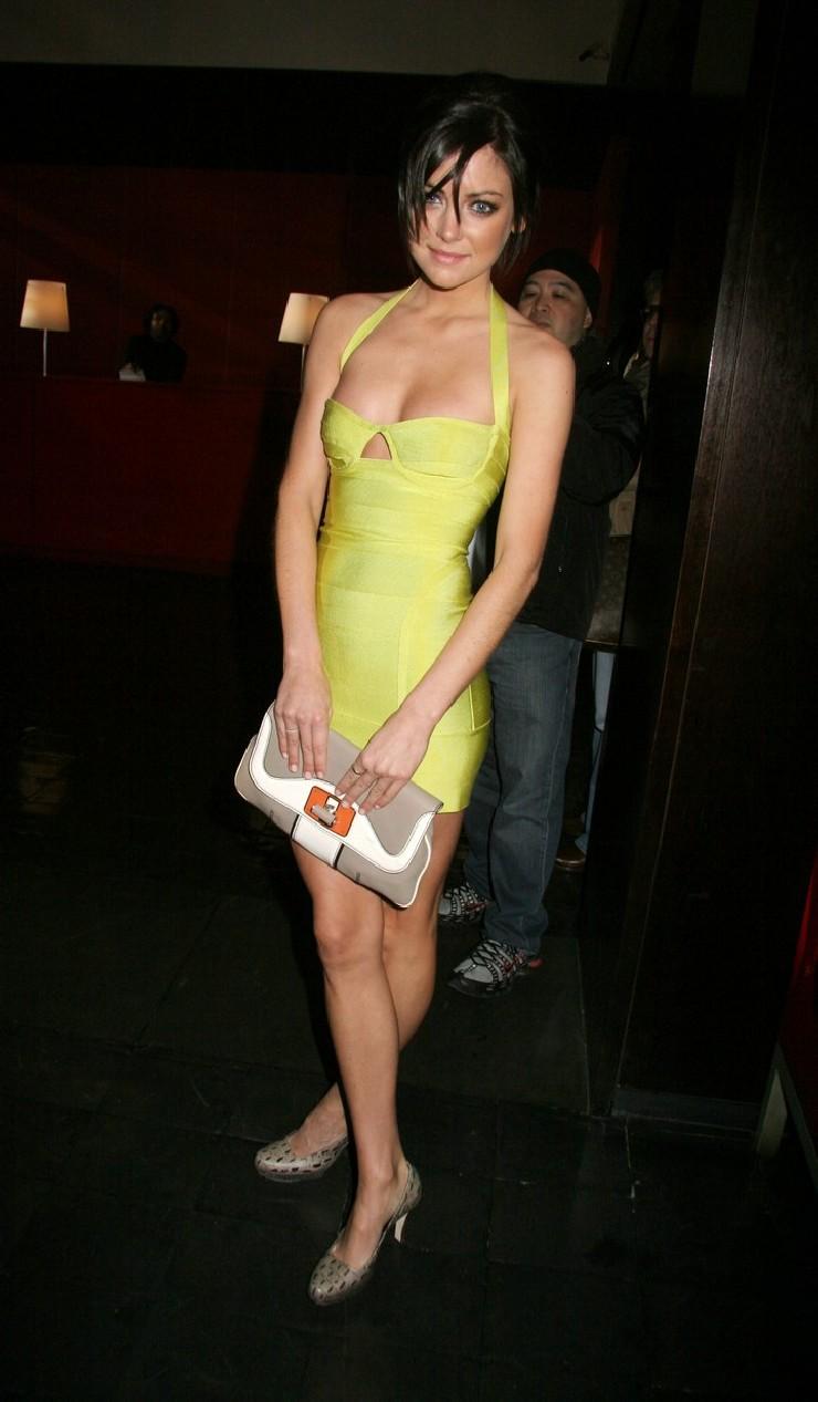 jessica-stroup-www.werdyo.comyellow-dress-halter-dress-bandage-dress-herve-leger-dress-10