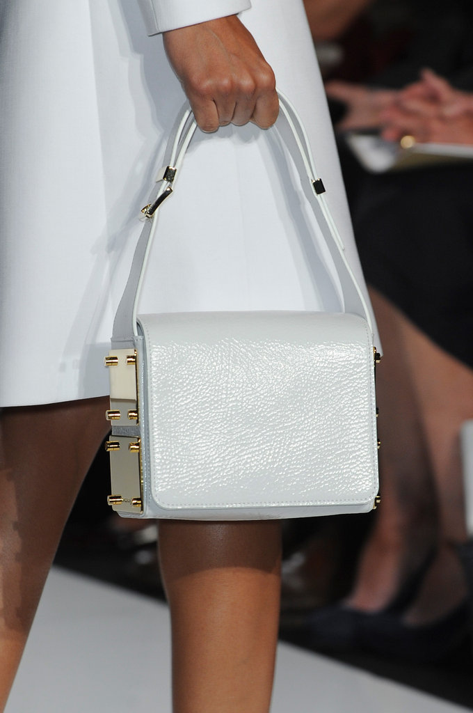 Mwww.www.fashionologie.com