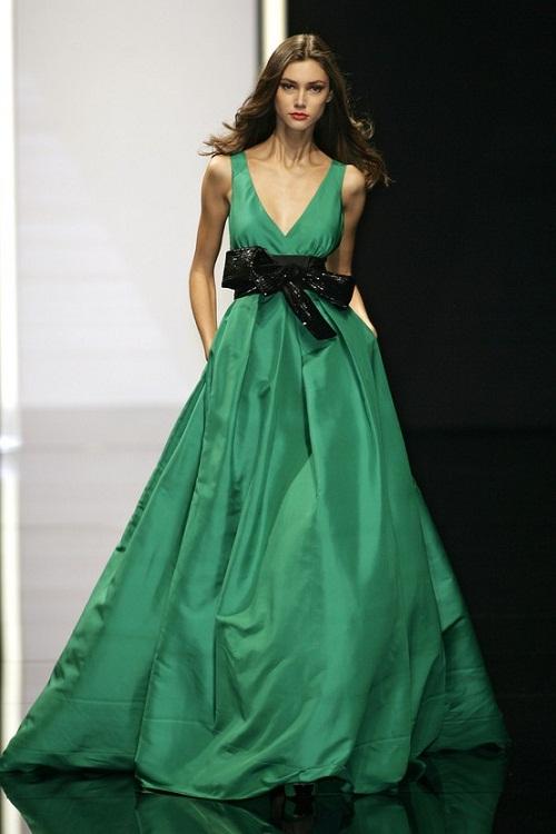 Elie-Saab-emerald-gown-trendswww.fashionmakeover.org