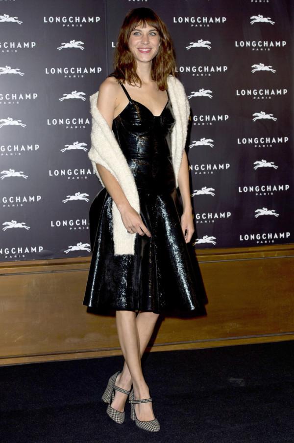 Alexa-Chung-in-Jonathan-Saunders-Longchamp-Regent-Street-Grand-Opening-Party-600x9022