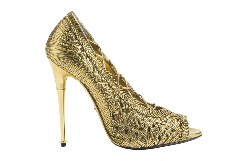 0157e8f536 tom-ford-spring-gold-sandals-pic161306 | BOLLOVE