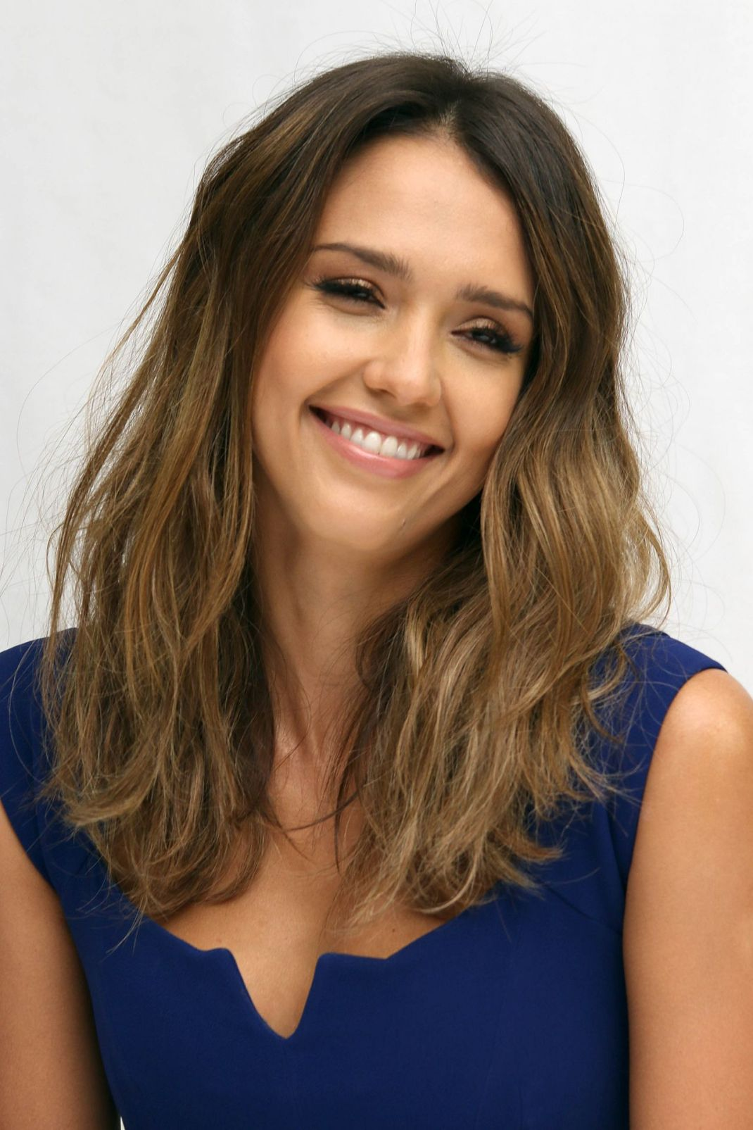 jessica-alba-portraits-sin-city-a-dame-to-kill-for-press-conference-in-beverly-hills_8