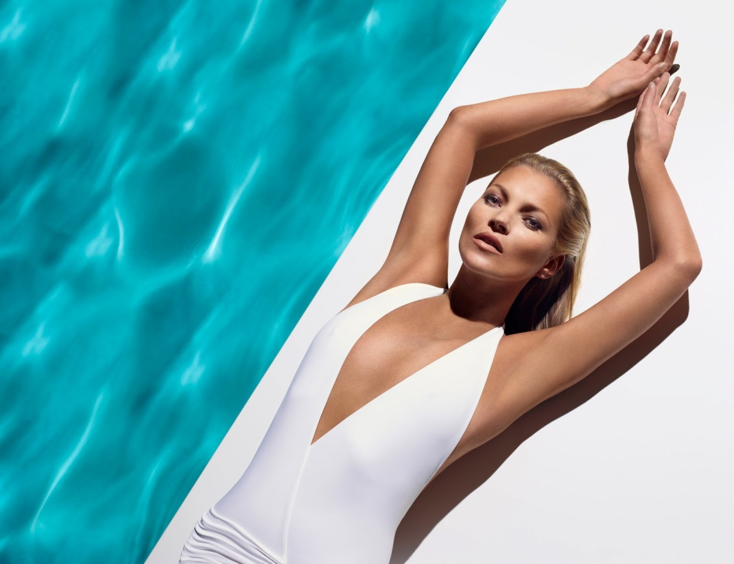 kate-moss-in-white-swim-suit-plunge-neck-st-tropez
