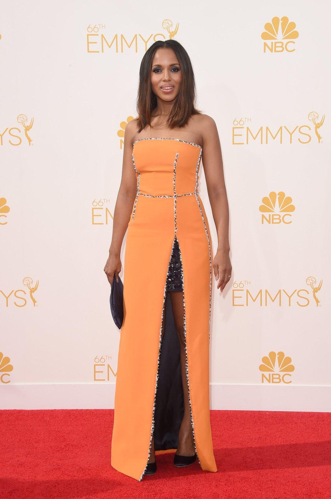 Kerry-Washington-Prada-2014-Emmy-Awards