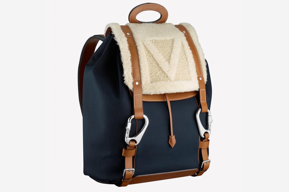 louis-vuitton-shearling-backpack-5
