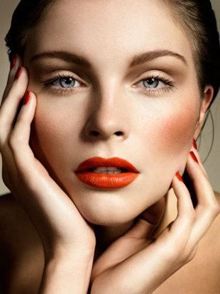1-exclusive-makeup-tips-for-having-beautiful-supermodel-like-cheek-bones