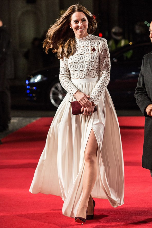 duchess-of-cambridge_glamour_4nov16_pa_b_592x888